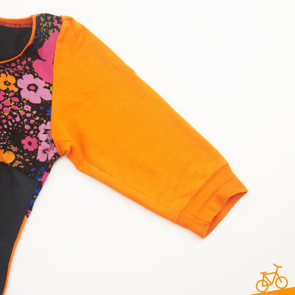 Dreiviertelärmel in orange an Sweatshirt im Blockstreifen-Look