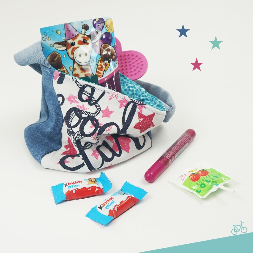 Kindertasche mit Geburtstags-Mitgebsel