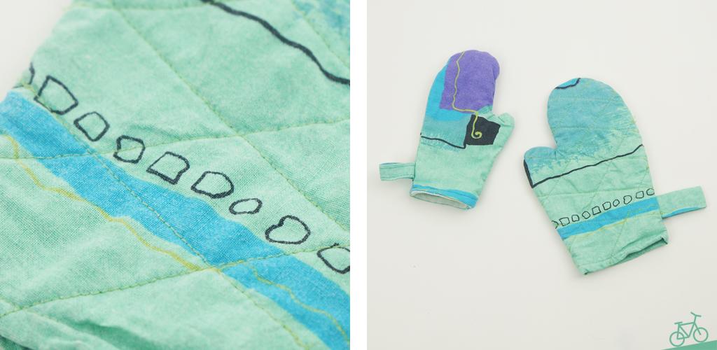 Kinder-Backhandschuhe aus alter Bettwäsche mit Stepp-Details