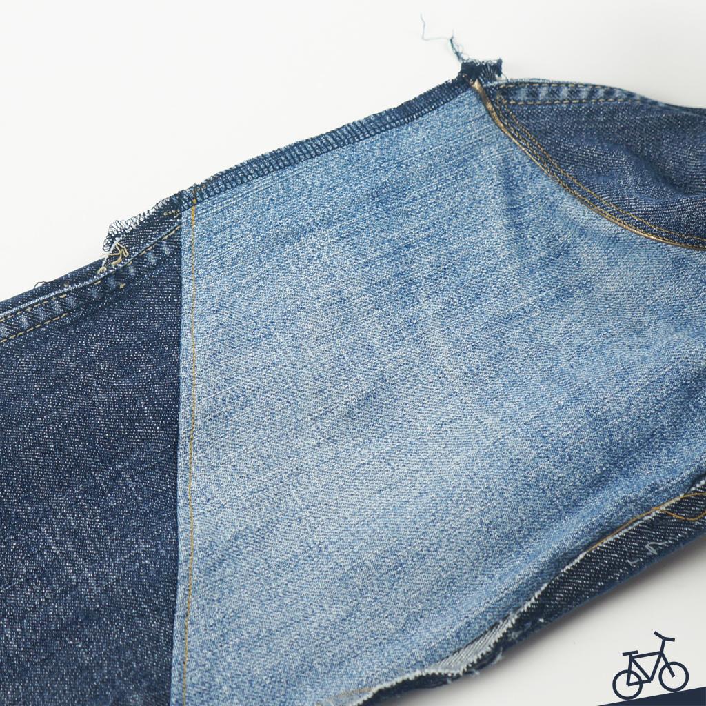 Naht an Jeans versäubern mit Overlock